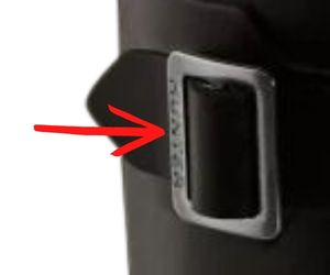 Hunter Buckle with logo